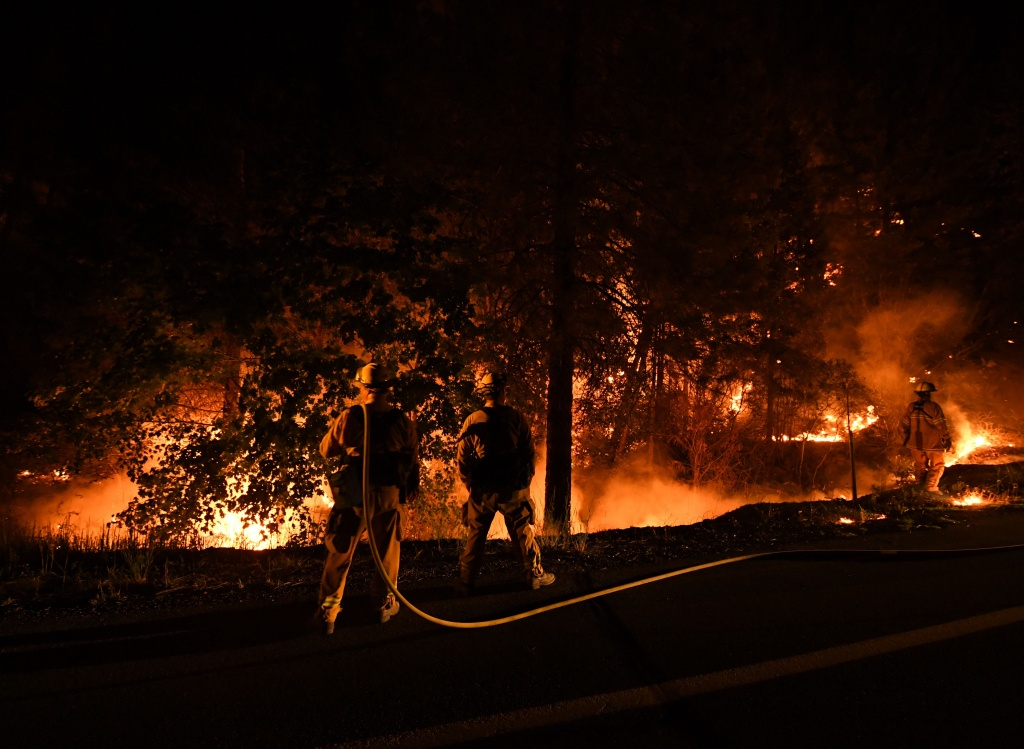 2018 California Wildfire Map Shows 14 Active Fires   Time - California Fire Heat Map