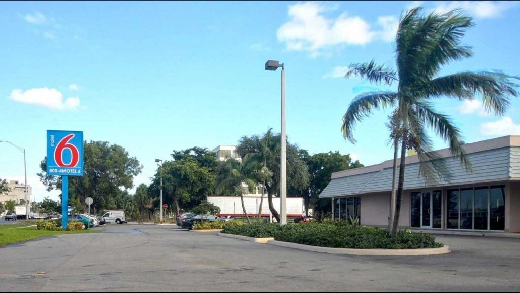 Motel 6 Miami Fl Hotel In Miami Fl ($129+)   Motel6 - Motel 6 Florida Map