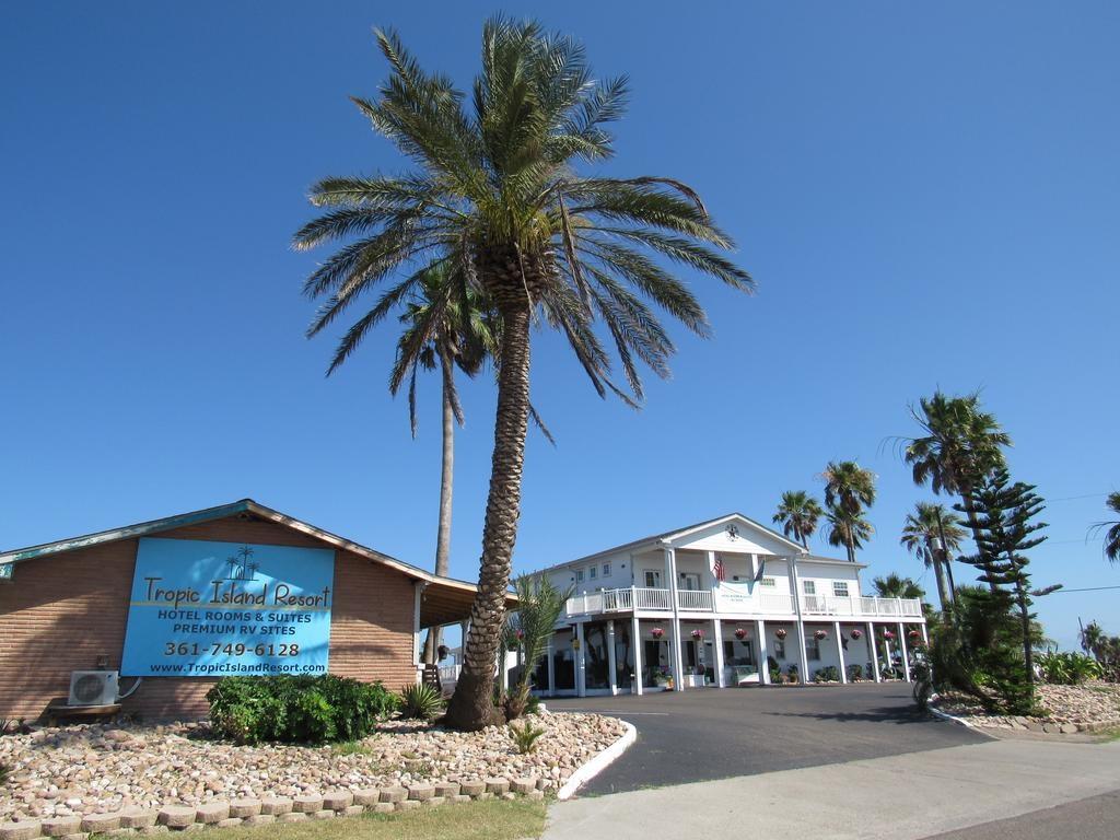 Tropic Island Resort, Port Aransas, Tx - Booking - Map Of Hotels In Port Aransas Texas